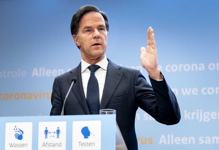 Demissionair premier Mark Rutte geeft een toelichting op de coronamaatregelen in Nederland. Vooraf is aangekondigd dat er geen versoepelingen zullen plaatsvinden. Beeld ANP