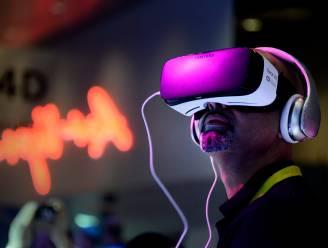 """'s Werelds eerste VR-pornoster: """"Virtual reality maakt porno menselijker en intiemer"""""""