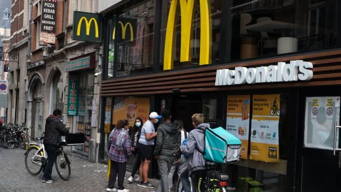 Twintiger trekt met gekregen bankkaart na McDonald's ook ongevraagd naar geldautomaat