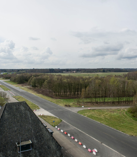 Streep door herontwikkeling evenemententerrein vliegbasis Twente