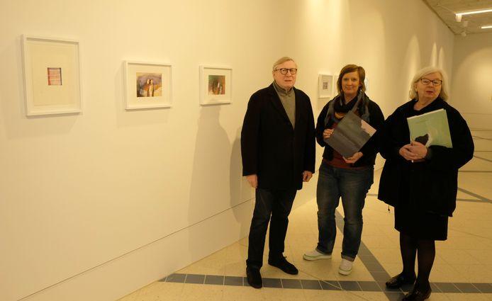 Curator en Puursenaar Wilfried Cooreman (l.) met Liesbeth De Keersmaecker (m.) en Cooremans echtgenote.