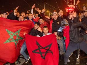 Nederlanders juichen op WK voor Marokko