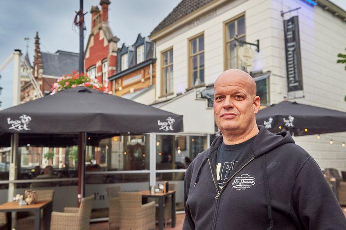 Wijnand Koolen van D'n Dommel in Sint-Oedenrode had in maart zelf corona, hij vindt een harde aanpak van de horeca op het naleven van de coronaregels helemaal prima.
