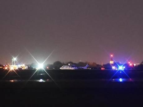 Brand in motor helikopter: Cougar maakt voorzorgslanding op vliegbasis Gilze-Rijen