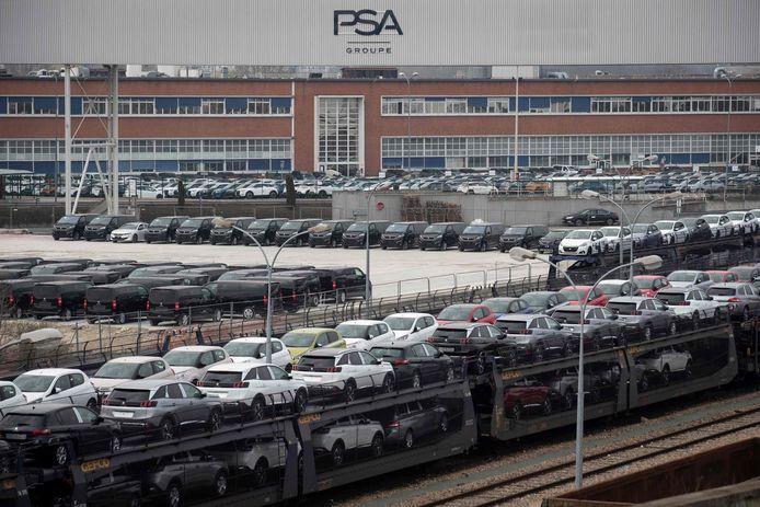 Een fabriek van PSA in Poissy, aan de rand van Parijs, waar Peugeots en Citroëns worden geproduceerd