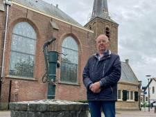 Het mysterie van de dorpspomp in Strijen: 'We staan hier op een waterberging van 30.000 liter!'