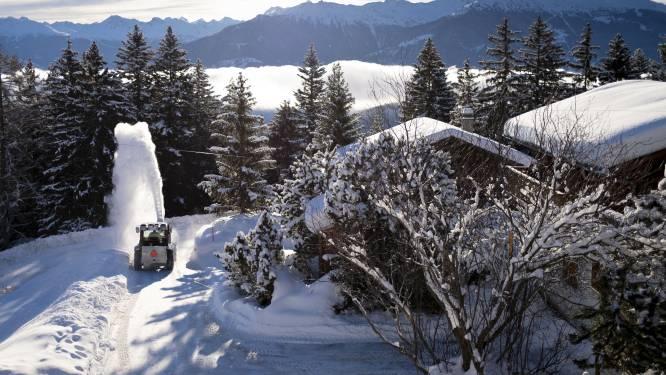 Extreem weer gijzelt Alpen: hoog lawinegevaar en overstromingen na massa sneeuw