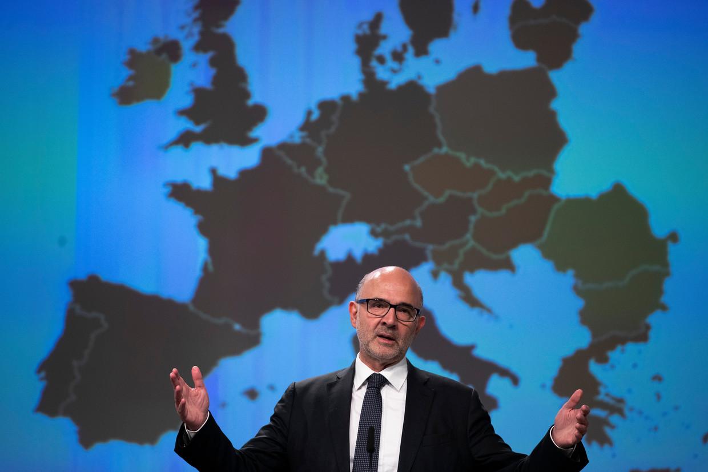 Eurocommissaris Pierre Moscovici (economische zaken) tijdens de presentatie van de economische herfstprognose, vandaag in Brussel.