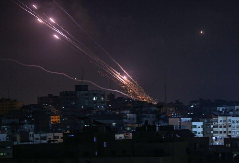 Vanuit Gaza werden de afgelopen dagen 1.600 raketten afgevuurd richting Israël. 90 procent hiervan is onderschept door raketafweersystemen. Beeld EPA