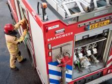 Portiek in Zuid in brand gestoken, omstanders blussen eerste vlammen