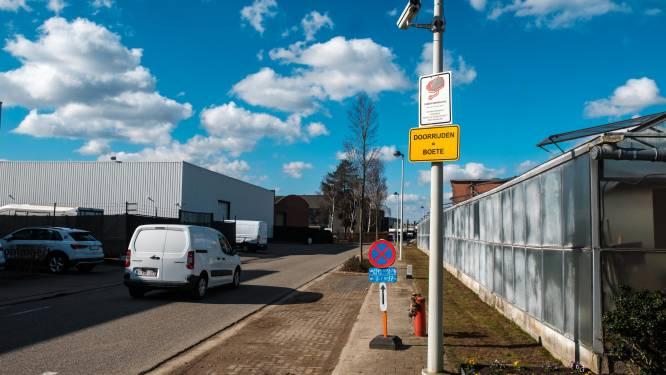 """Omleiding voor opgebroken Kontichsesteenweg leidt tot discussie: """"Waarom niet gebruikmaken van veiligste en kortste route?"""""""