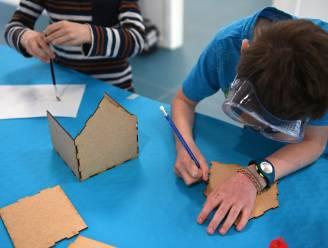 """Deze kids leren spelenderwijs huis van de toekomst programmeren: """"Digitale kennis van Belgische kinderen is beduidend lager dan in onze buurlanden"""""""