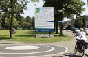 In de Schijndelse wijk Hoevenbraak-Zuid wordt met een bord aangekondigd dat de buurt klimaatrobuust wordt.