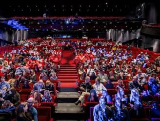 Nederlandse corona-experimenten: theatervoorstelling of bioscoopbezoek kan veilig, mits maatregelen