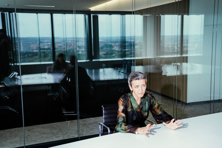 Al in 2016 oordeelde Europees commissaris voor Mededinging Margrethe Vestager dat het Belgische systeem overdreven was en een vorm van illegale staatssteun. Het Europees Hof van Justitie volgde haar daar nu in.  Beeld © Stefaan Temmerman