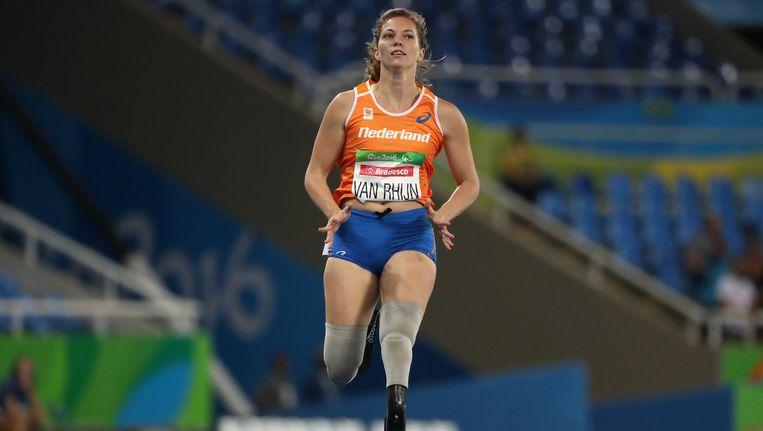 Marlou van Rhijn tijdens de series van de 200 meter in Rio, Paralympische Spelen Beeld Getty Images
