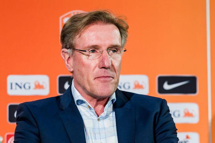 Hans van Breukelen in zijn tijd als KNVB-directeur