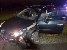Veel schade na ongeval op Ootmarsumseweg in Harbrinkhoek