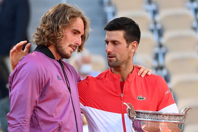 L'émotion était forte pour Stefanos Tsitsipas, battu en finale de Roland-Garros par Novak Djokovic.