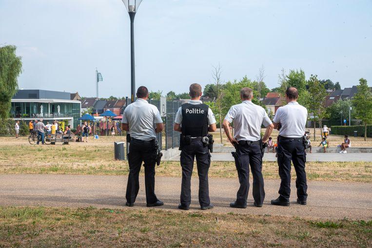 Actie Vlaams Belang Warande : de politie bleef discreet op de achtergrond