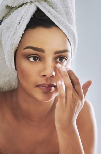"""Dermatoloog verklapt de impact van stress op de huid: """"Na een vermoeiende werkdag zijn de fronsrimpels duidelijker zichtbaar"""""""
