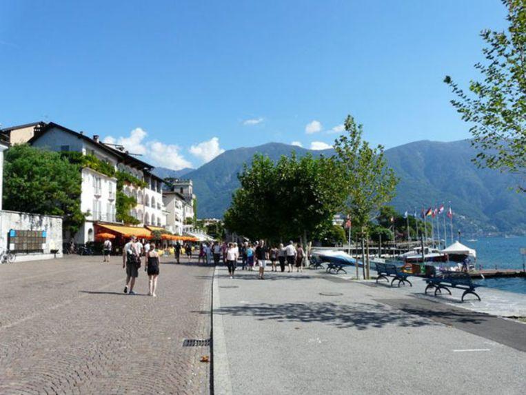 Gezellig flaneren op de promenade van Ascona. Beeld UNKNOWN