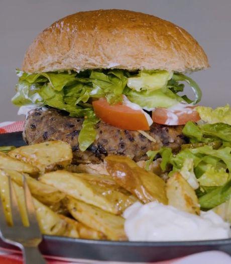 Boliviaanse treft stukje vinger aan in hamburger: 'Bij eerste hap'