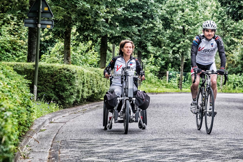 Marion Van Reeth en Aristide Melissas trainen voor hun Ventoux-avontuur.  Beeld Tim Dirven