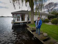 Loze belofte en verdwenen dossier: bewoners van woonarken bij Kampen voelen zich in de steek gelaten