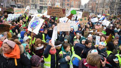 FOTOREPORTAGE: de Leuvense jeugd eist klimaatacties van politici