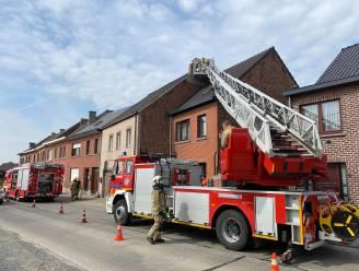 Brandweer krijgt schouwbrand snel onder controle