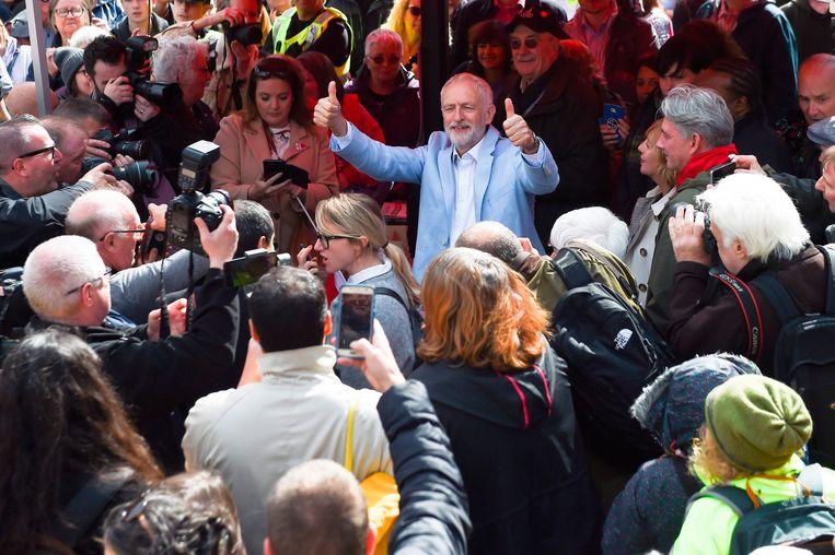 Oppositieleider Jeremy Corbyn kwam het protest steunen. Beeld AFP
