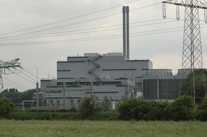 De afvalverbrander van SUEZ/Sita aan de Pootdreef in Roosendaal. Hier wordt de biomineralenfabriek naast gebouwd. foto frank timmers