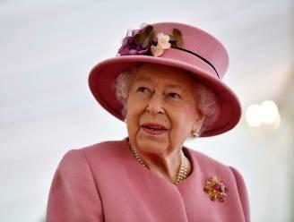"""Queen gaat nog harder werken na dood prins Philip: """"Ze is niet van plan om het op te geven"""""""