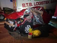 Truck rijdt achterop file in Antwerpen, vrouw en man komen om het leven