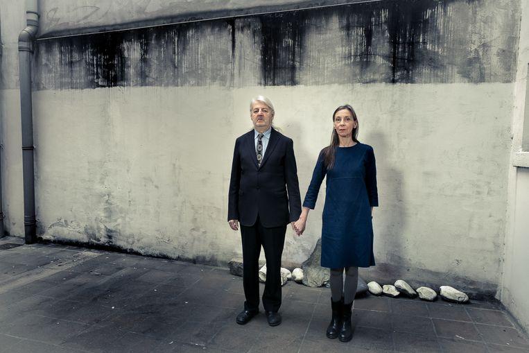 Jan Decorte en Sigrid Vinks, partners in het leven en in het theater, zullen het vanaf 2017 zonder subsidies moeten doen.  Beeld ©Danny Willems