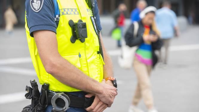 Utrechtse boa's met bodycam de straat op om spugen, dreigen en mishandelen te verminderen