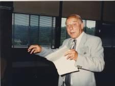 Henk (93) uit Bathmen groeide van een dubbeltje naar een kwartje: 'Hallo, u spreekt met de universiteit Leuven...'