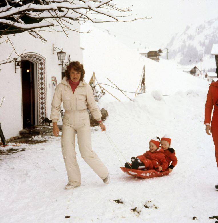 Prinses Irene met tweeling Margarita en Jaime in 1978. Beeld ANP