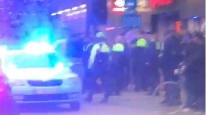 """Chaos in Carrefour Borgerhout door man die met alarmpistool in het rond zwaait en vuurt: """"Situatie snel onder controle"""""""