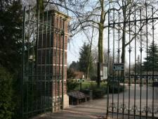 Grafschennis noopt Sliedrecht om poort begraafplaats 's avonds en 's nachts op slot te doen