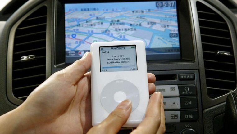 Apple werkte al eerder samen met autofabrikanten om producten te integreren in auto's, zoals met Nissan in 2005, om de iPod aan te kunnen sluiten op de autonavigatie. Beeld epa