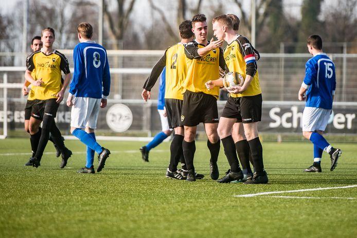DIA (hier op archieffoto) staat ook volgend seizoen onder leiding van trainer Erik van Rooij.