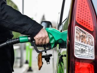 Benzineprijs morgen op hoogste niveau in twee jaar