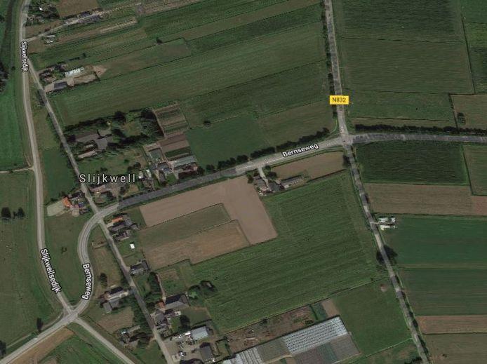 De aan te passen kruising bij Well, die cruciaal is om doorgaand verkeer om Ammerzoden heen te loodsen.