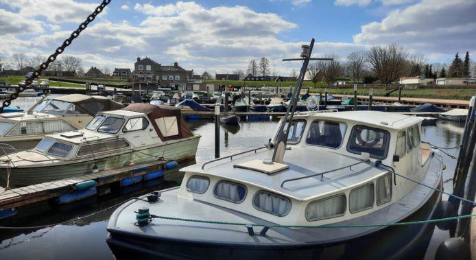 Bootjes in de oude haven van Drimmelen. Niet de boot uit dit artikel.