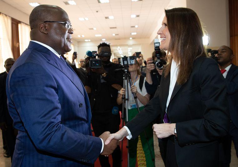 President Felix Tshisekedi verwelkomt premier Sophie Wilmès, in februari van dit jaar.  Beeld BELGA