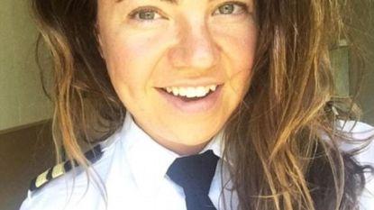 Twee passagiers kunnen het niet laten seksistische opmerkingen te maken over pilote. Haar briljante repliek gaat nu viraal