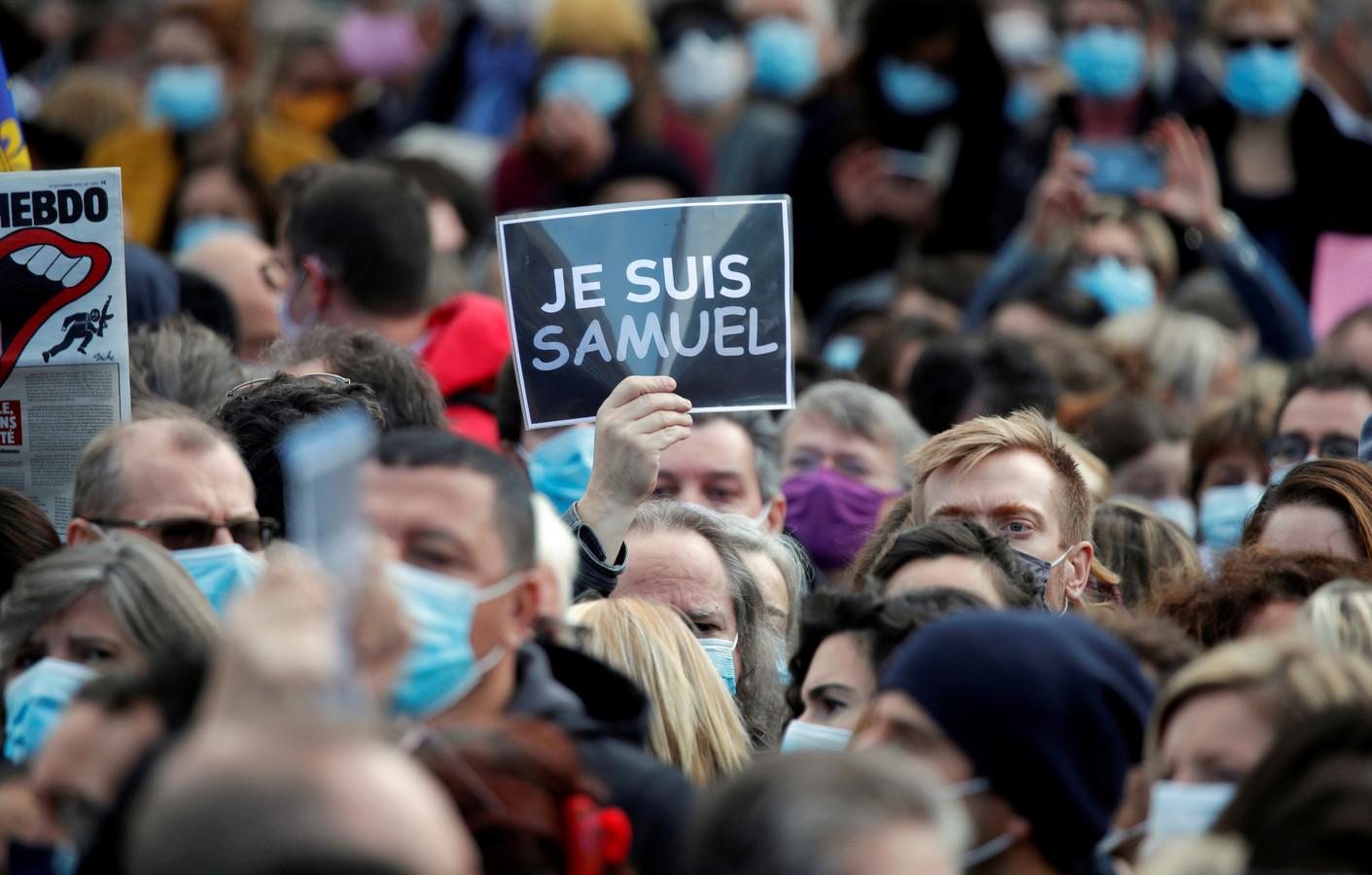 Manifestation en hommage à Samuel Paty (Paris, place de la République in Paris, 18 octobre)
