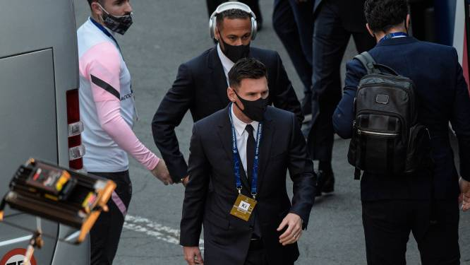 PSG-fan bestuurlijk aangehouden, omdat hij combiregeling negeerde
